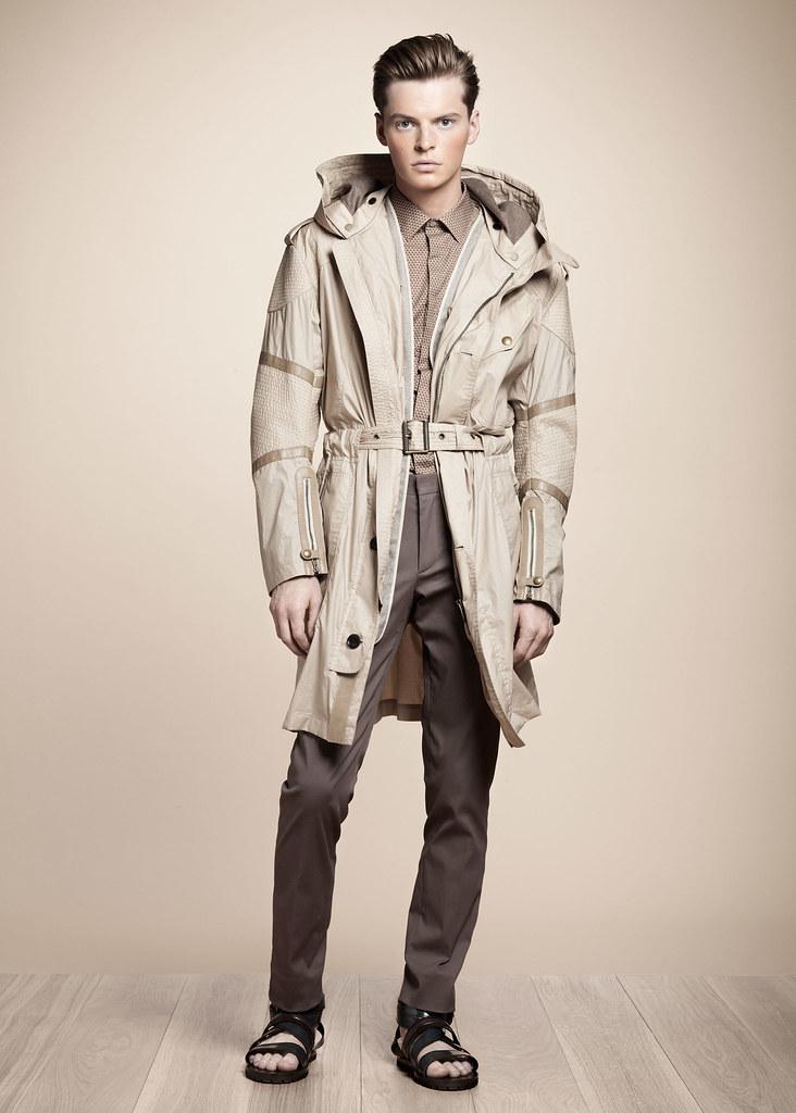 SS13 Milan Belstaff045_John Hein(fashionising.com)