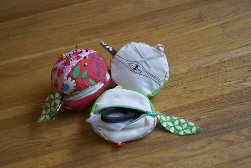 Apples and Oranges Sewing Kit