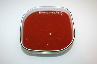 08 - Zutat passierte Tomaten / Ingredient strained tomatoes