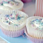 Gluten free blackcurrant swirl cupcake recipe
