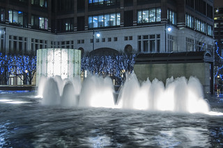 fountain of canary wharf