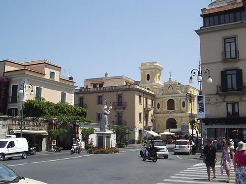 Piazza T. Tasso - Sorrento - statue - S. Antonino Abbate - Church of S. Maria del Carmine
