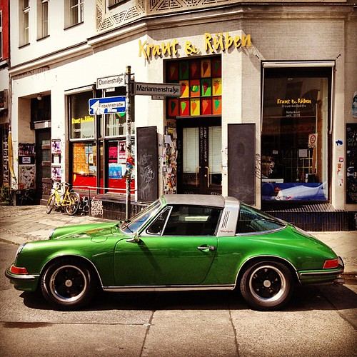 Porsche corner #Berlin - midlife crisis or hipster hunting ground?