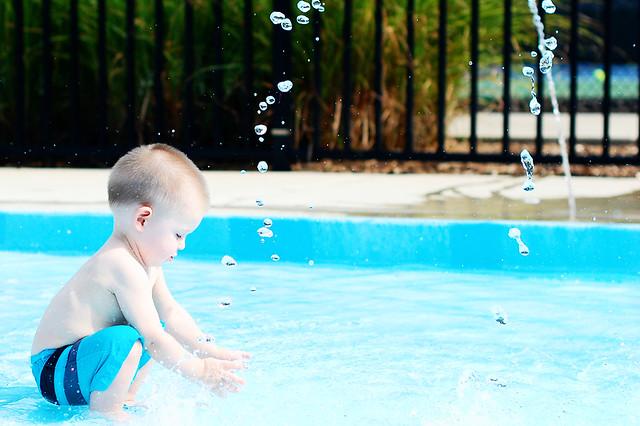 isaac swimming_10