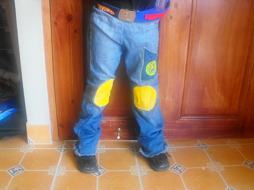 Pantalones reutilizados