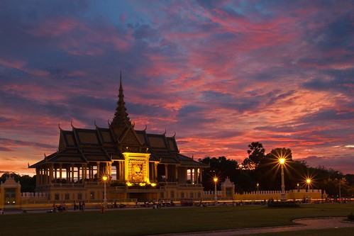 sunset sky clouds asia cambodia southeastasia day cloudy phnompenh royalpalace