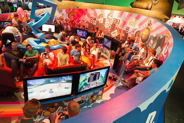 Stand PlayStation - Pôle PS Vita