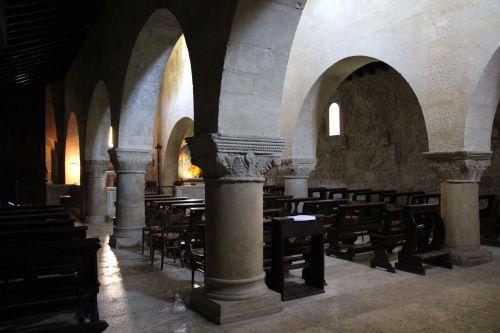 Rocca Santa Maria - Interno - ph-Associazione Serramazzoni Turismo