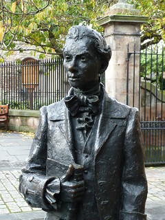 Robert Fergusson (par le sculpteur David Annand)