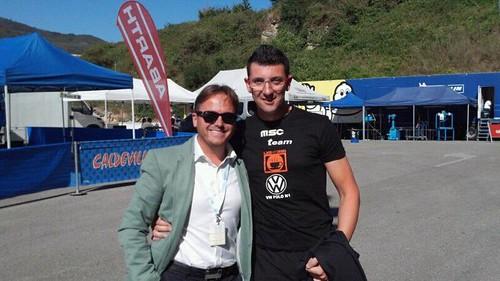 Manuel Aviño junto al deportista Eugenio Mantecón