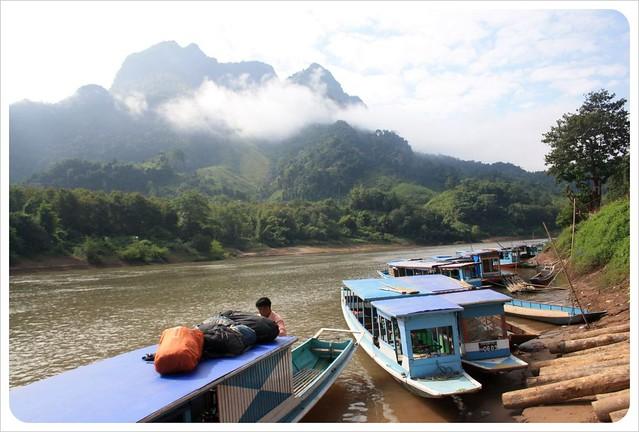 boat landing nong khiew