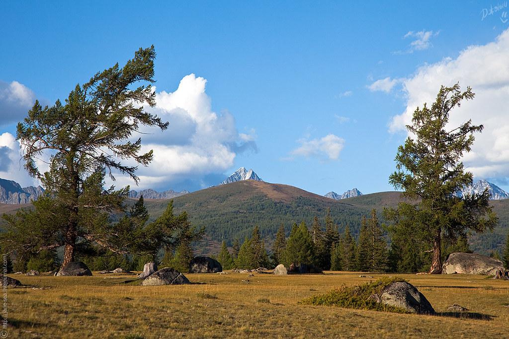Гора Иикту. Вид из села Джазатор.