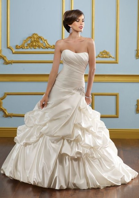 ball gown strapless empire wedding gown