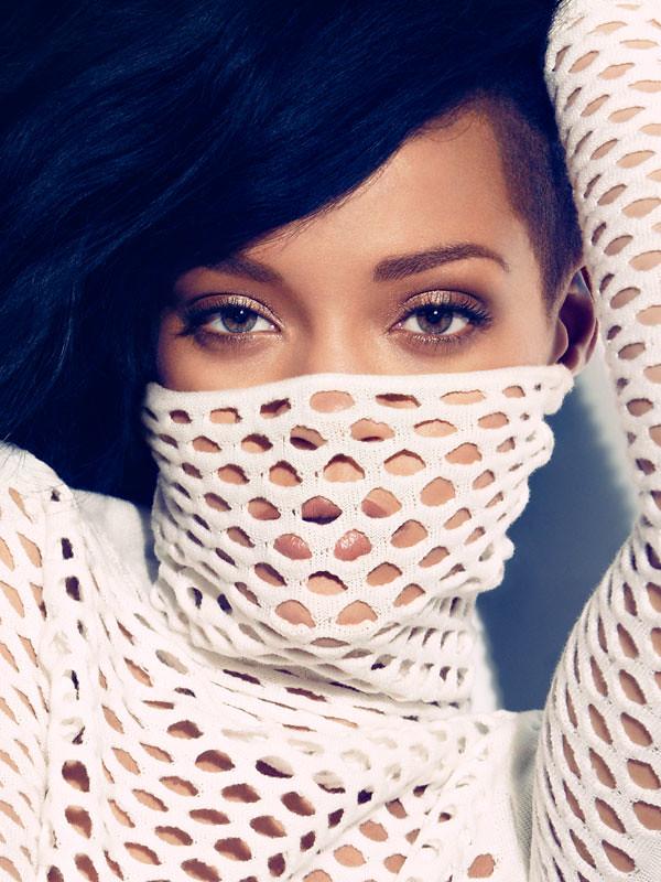 Rihanna-Harpers-Bazaar-August-2012-5