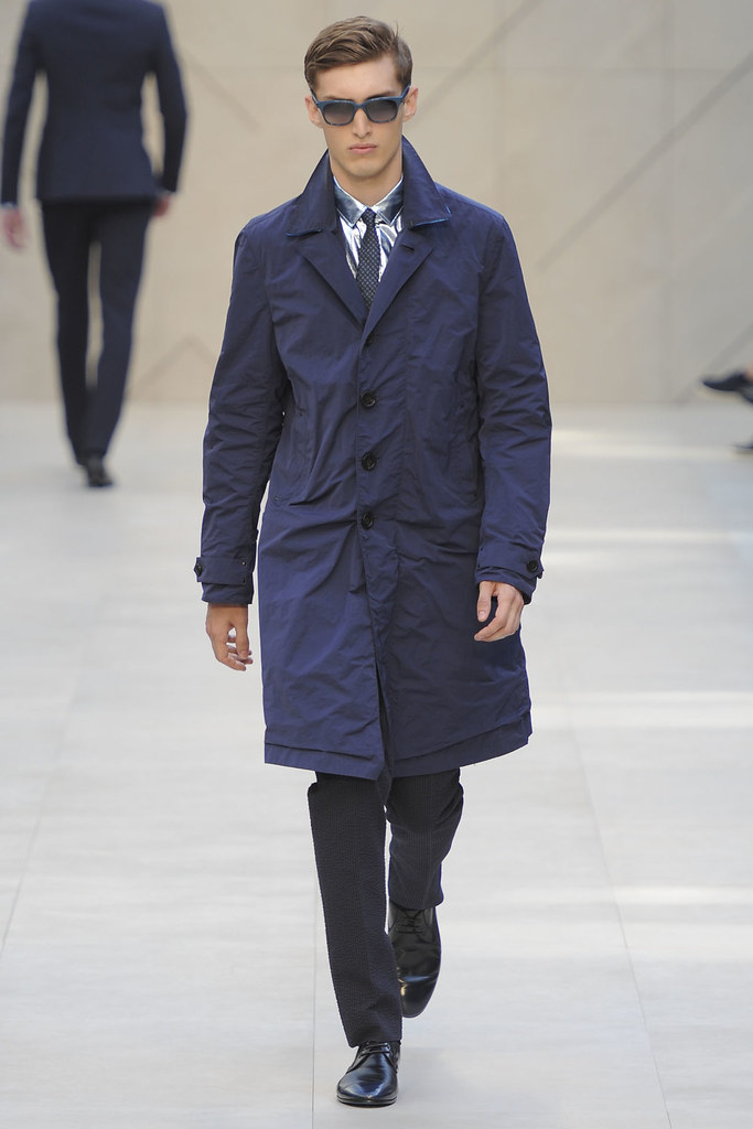 Charlie France3643_SS13 Milan Burberry Prorsum(VOGUE)