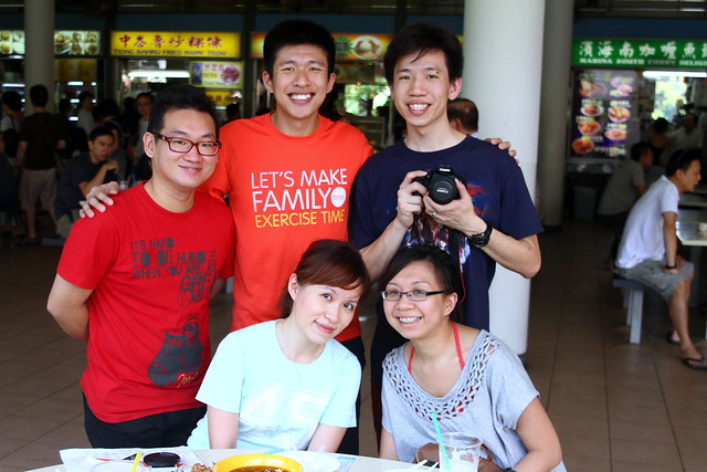 Maureen and friends @ Tiong Bahru Market