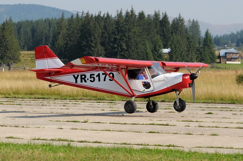Fly-in @ Floreni - Mitingul cailor putere - Poze 7677972990_41feb20e44_o
