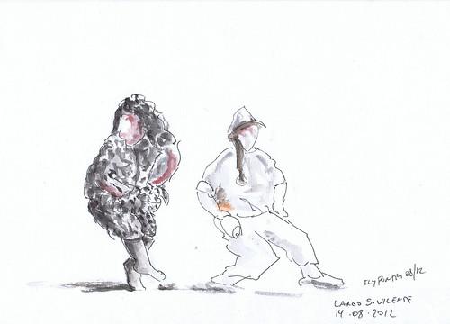 2012-08-14 Joice Brondani & Veronica Risatti - Performance de teatro À Sombra De Diógenes 01