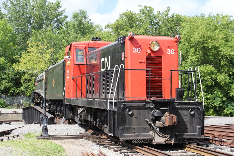 251. DoC test run at Exporail museum