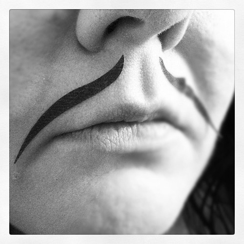 Not a big fan of the eye rock eyeliner tapes from my @birchbox. Too dramatic for my eyes, so I found another use.
