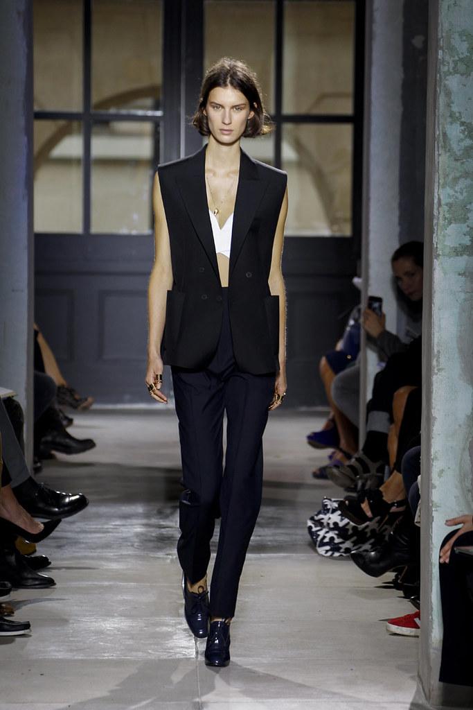 balenciaga-ss13-womenswear-05