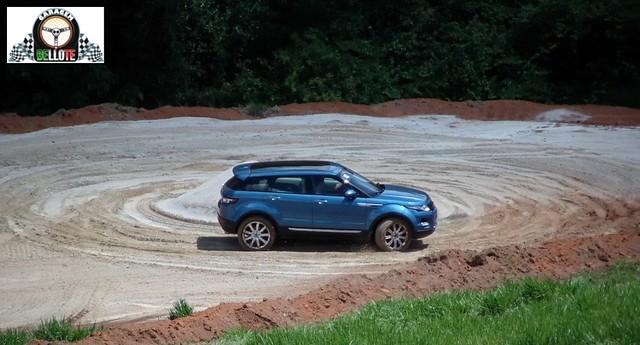 Lançamento - Range Rover Evoque (9 marchas)