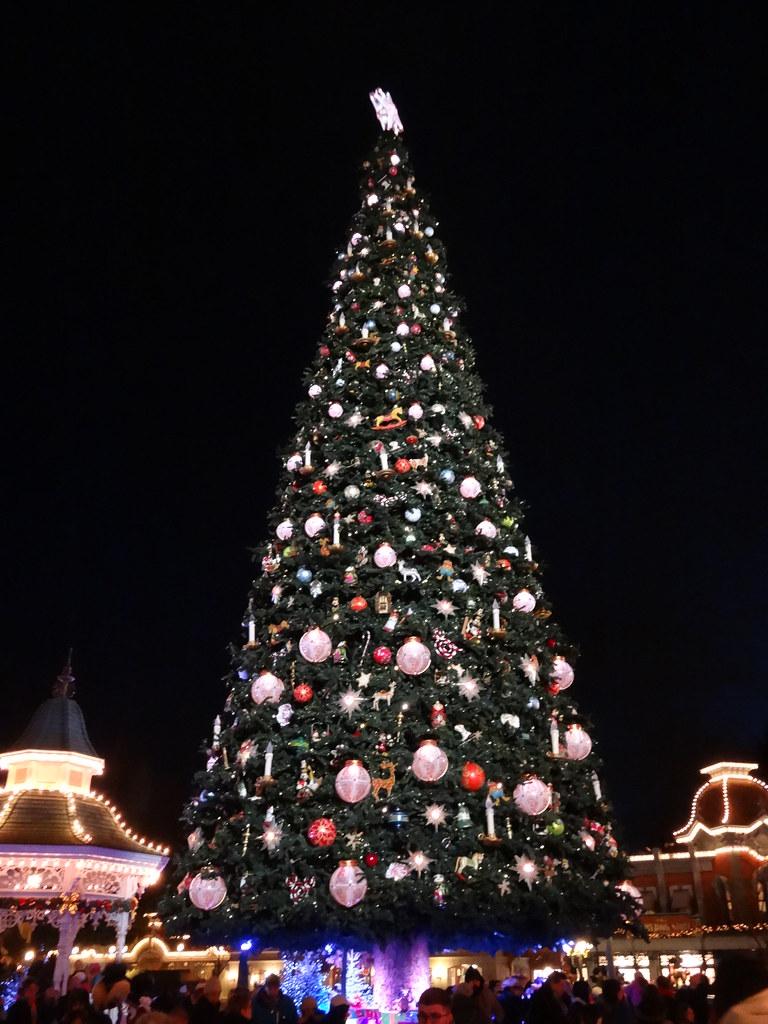 Un séjour pour la Noël à Disneyland et au Royaume d'Arendelle.... - Page 4 13700074885_f119e66732_b