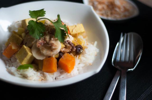 hawaiian sweet potato tofu curry