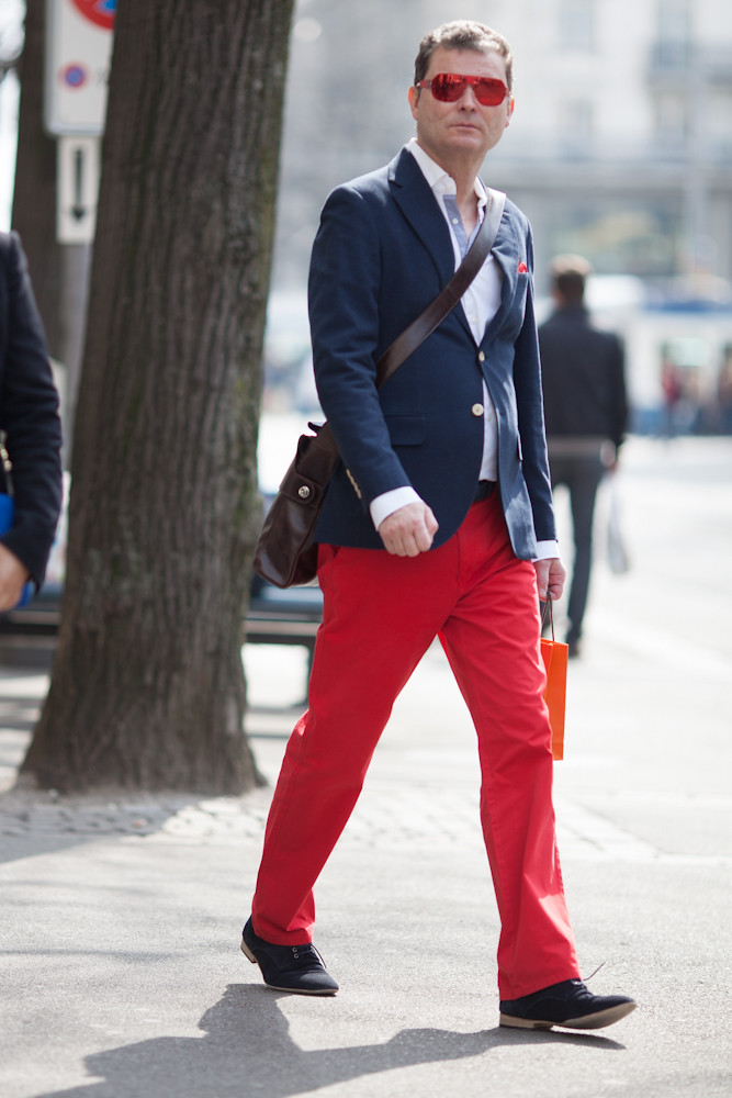 20120317 Mister in Red