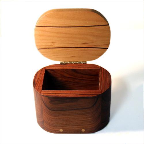 Round Square Box