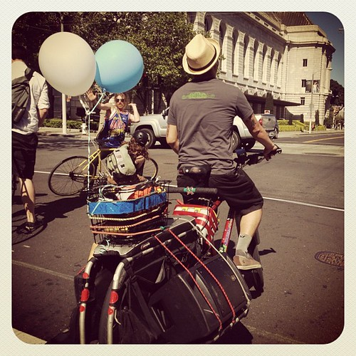 Music bike! Riding with @sfbikeparty #sfbp #earlybird