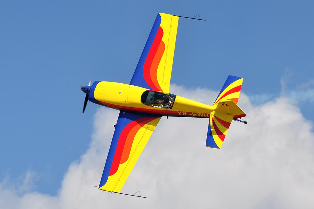 Cluj Napoca Airshow - 5 mai 2012 - Poze 6999890520_fbd66e647a_o