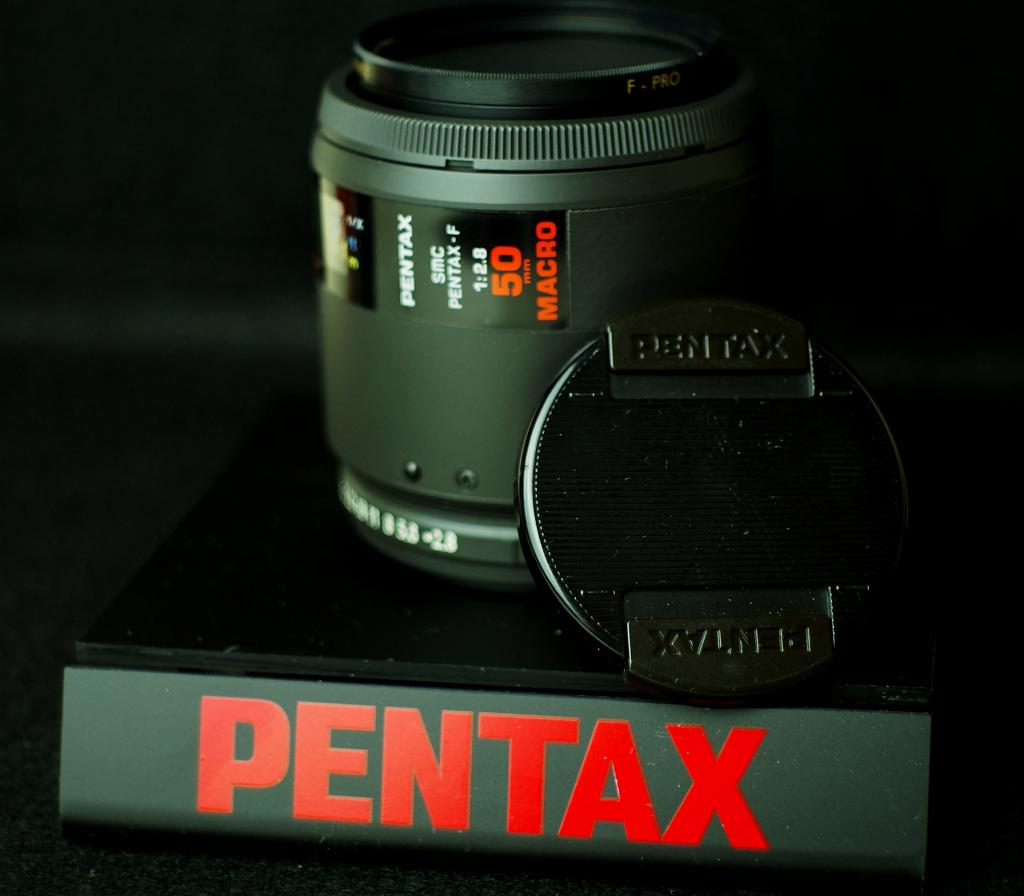 SMC PENTAX-F 1:2.8 50mm MACRO