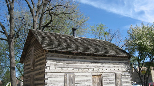 Historic log cabin. Skokie Illinois USA. March 2012. by Eddie from Chicago