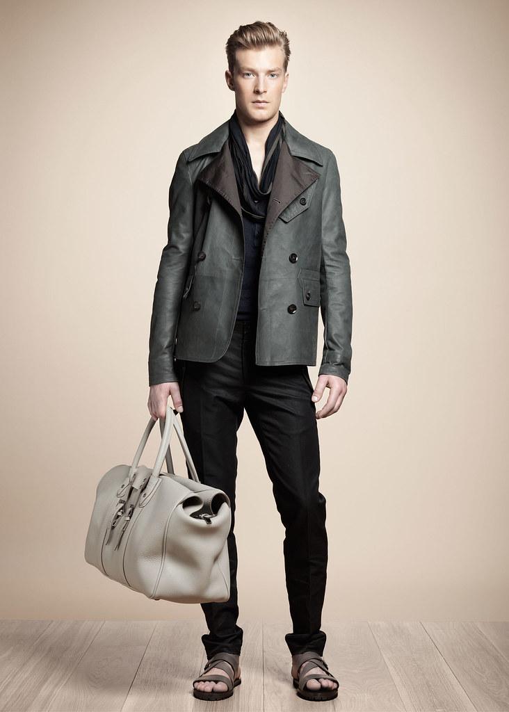 SS13 Milan Belstaff052_Kim Fabian von Dall'armi(fashionising.com)