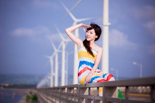 無料写真素材, 人物, 女性  アジア, ワンピース・ドレス, 台湾人, 風力発電