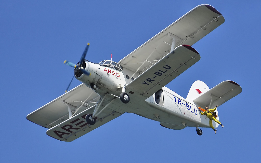 AeroNautic Show Surduc 2012 - Poze 7502218090_5951973746_b