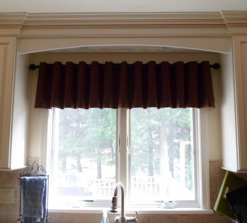 Window Valance w/Grommets