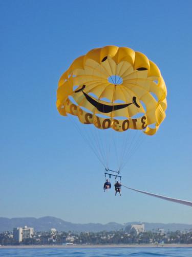 Hector and Sherri parasailing