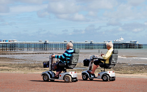 Coming To Terms With Ageing: The Top 4 Mobility Aids For The Elderly