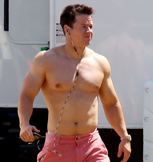 Hot Man Mark Whalberg how big can this little man get
