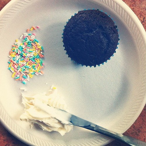 Good morning. {McKinley's icing her own cupcake for breakfast. #dontjudge}