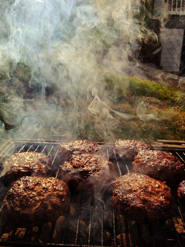 summer food usa grass yard america virginia beef smoke meat grill burgers americana staunton