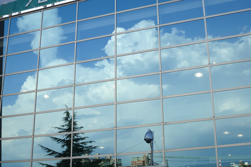 reflection of summer sky