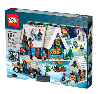 10229 Winter Village Cottage - box2 na