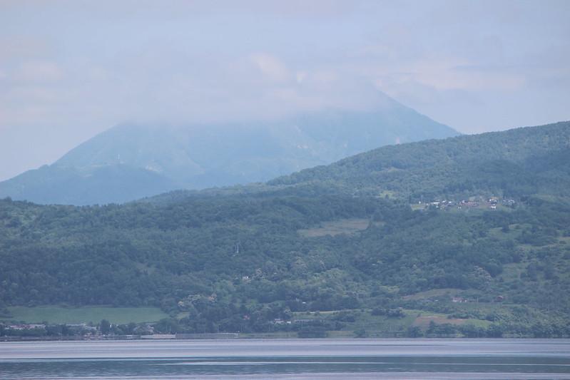 洞爺湖からの羊蹄山