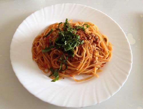 簡単で美味しいトマトソースパスタを作る