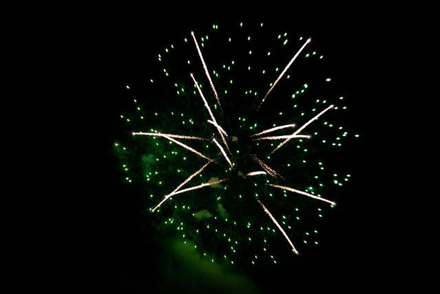051112_ fireworks no23