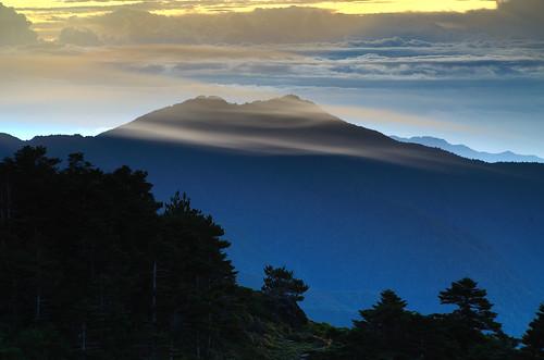 sunrise day cloudy taiwan 台灣 台東 向陽 嘉明湖 向陽森林遊樂區 海端鄉 6k營地
