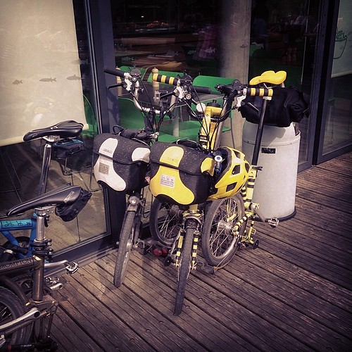 LBC: Berkshire Chiltern Magic little lunch break #urban #brompton #bromptonbicycle
